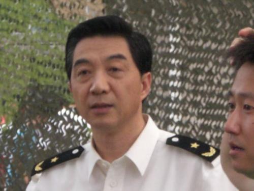 第99期:大学军训应该被取消吗?俄日韩的军训长啥样?